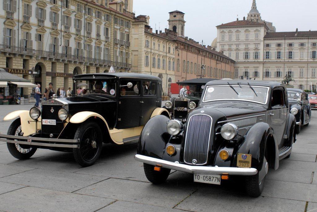 Torino - Piazzetta Reale esposizione autostoriche