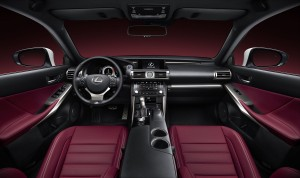 Lexus IS hybrid - interni