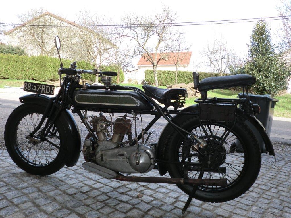 5_RENE  GILLET_1925