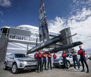 Land_Rover_BAR_sailing_team_outside_new_Portsmouth