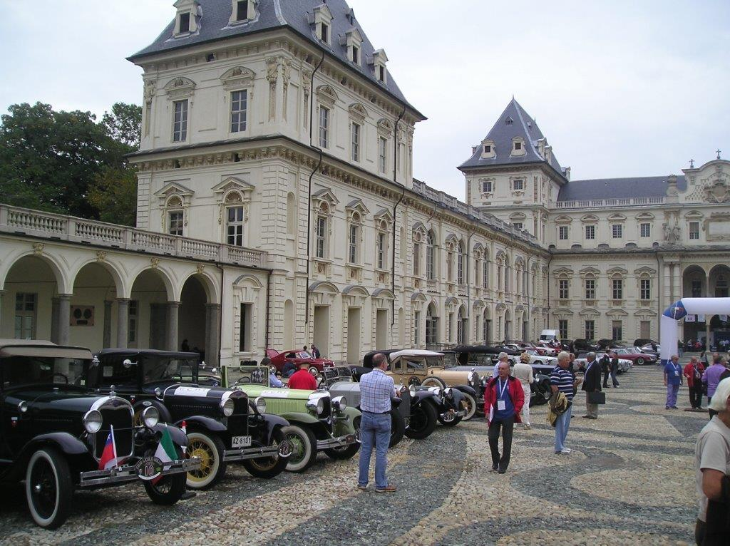 Auto storiche a Torino